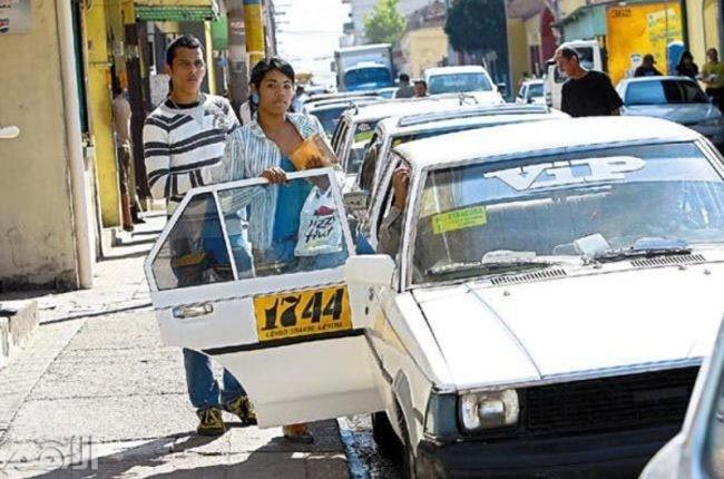 هندوراس , يمكنك أن تستاجر تاكسي يوصلك لأي مكان في المدينة