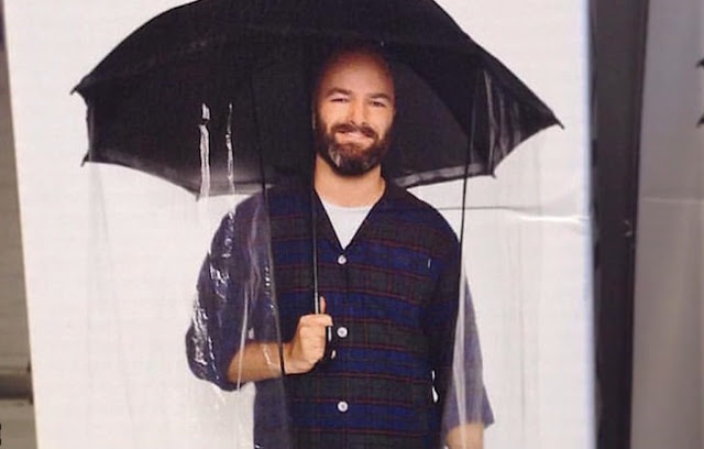 مظلة لكامل الجسم