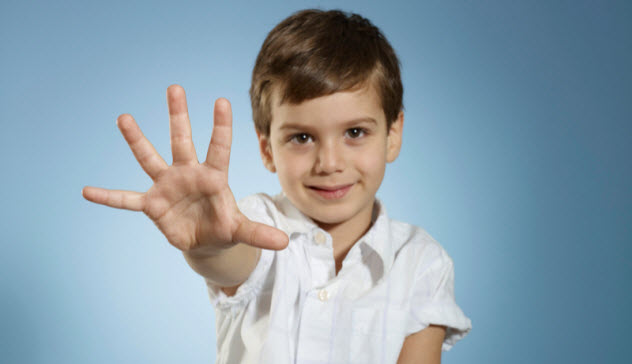 يستطيع الأطفال الصغار أن يجعلوا أصابعهم تنمو مرة أخرى