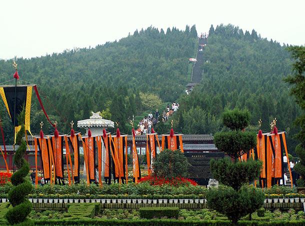 قبر الإمبراطور الأول للصين